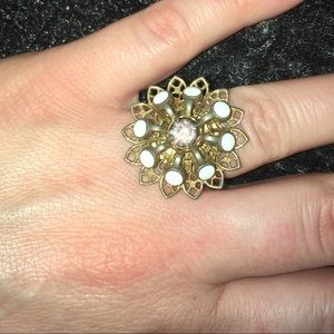 Vintage gold colored flower ring